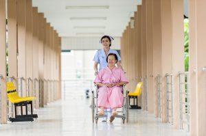 Définition EHPAD : voici comment investir pour la retraite