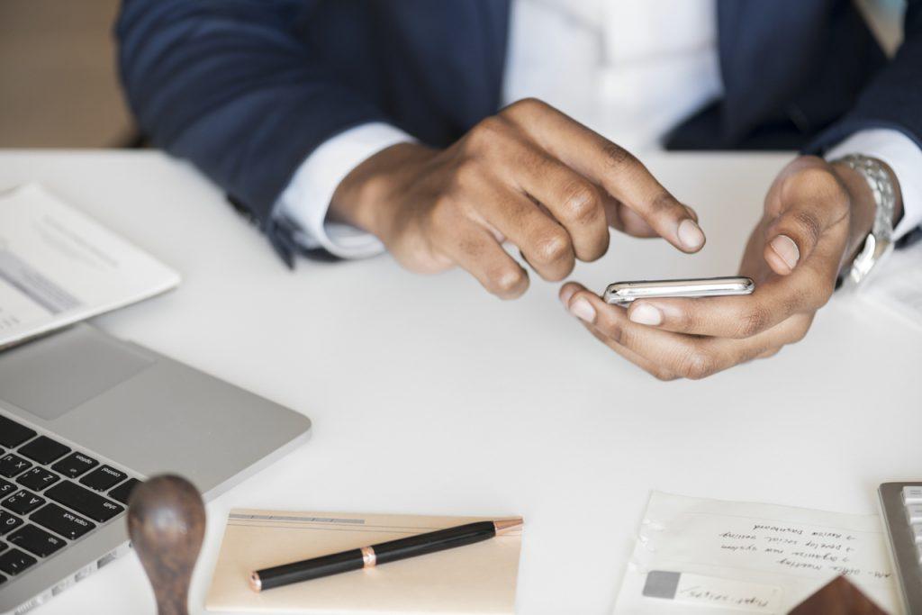 E-commerce mobile-friendly